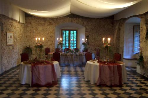 korzkiew-castle-renaissance-hall-6
