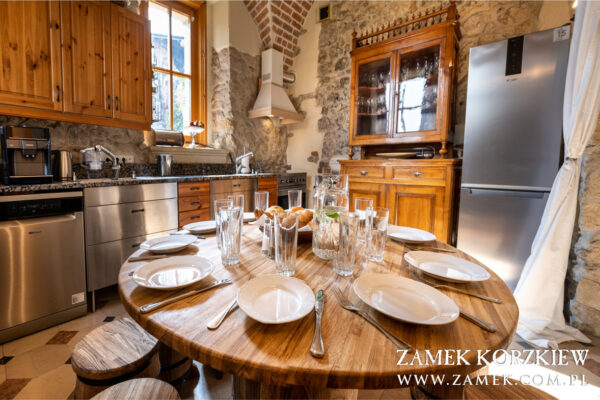 Zamek-Korzkiew-kuchnia-3